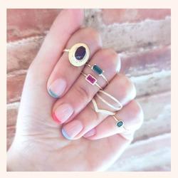 Empezar un domingo, con anillos así de bonitos no tiene precio😍  Y RECORDAD QUE ESTAMOS DE REBAJAS 🥳 30% DE DESCUENTO EN TODA LA WEB 🎉  Feliz Domingo 😘  www.quemonis.com  #jewelry #jewerlyblogger #joyasdeplata #joyasverano #joyas #anillos #anillosplata #regalosespeciales #regalos #regalosoriginales #regalosmolones #rebajasdeverano #rebajas #descuentos #ofertas #complemento #complementos