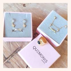 Combina tus joyas favoritas como más te gusten 😍  Y RECORDAD QUE TENÉIS TODA LA WEB CON UN 30% DE DESCUENTO 🎉  www.quemonis.com  #quemonisjewelry #quemonis #jewelry #jewerlyblogger #joyasdeplata #joyas #regalospersonalizados #regalosespeciales #regalos #descuentos #ofertas #rebajas #rebajasdeverano #complemento #complementos #anillos #pendientes