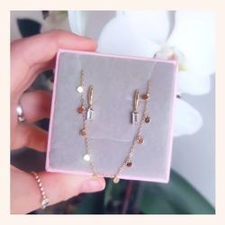 Combinaciones que se hacen nuestras clientas y nos parecen ❤️❤️  Y AHORA CON TODA LA WEB SIN IVA 🎉  www.quemonis.com  #quemonisjewelry #quemonis #jewelry #jewerlyblogger #joyasdeplata #joyas #regalosdíadelamadre #regalosmama #regalos #pendientesplata #pendientes #collaresdeplata #collares #descuentos #rebajas