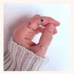 Combinaciones que son 😍😍😍  Y AHORA CON TODA LA WEB SIN IVA 🎉 RECORDAR QUE QUEDAN MUY POCOS DÍAS 😉  www.quemonis.com  #quemonisjewelry #quemonis #jewelry #jewerlyblogger #joyas #joyasdeplata #regalosdíadelamadre #regalosmama #regalos #anillosdeplata #anillos #descuento #rebajas