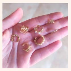 Los Ear Cuff son pendientes que no necesitan agujero. Se sujetan a nuestra oreja por presión 🥰  Y tú? Ya tienes tu favorito?😍  Y AHORA CON TODA LA WEB CON UN 20% DE DESCUENTO 🎉  ÚLTIMOS DÍAS 🥳  www.quemonis.com  #jewelry #jewerlyblogger #joyasdeplata #joyería #joyas #pendientesinagujero #earcuffs