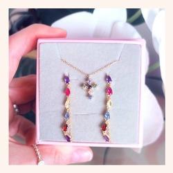 A todo color🌈 verdad que ya apetecen colores vivos en nuestras joyitas?😍❤️  Y RECORDAD QUE QUEDAN MUY POCOS DÍAS CON TODA LA WEB CON UN 20% DE DESCUENTO 🎉  www.quemonis.com  #quemonisjewelry #quemonis #jewelry #jewerlyblogger #joyasdeplata #joyas #regalosmama #regalosmujer #regalos #pendientesfiesta #pendientes #collaresdeplata #collar #descuentos #ofertas #rebajas